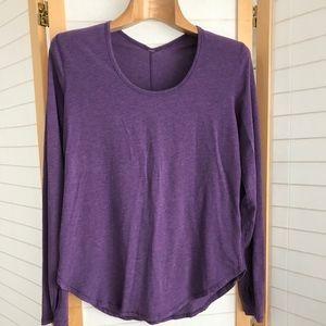 Sz M Lululemon purple long sleeve tee scoop neck